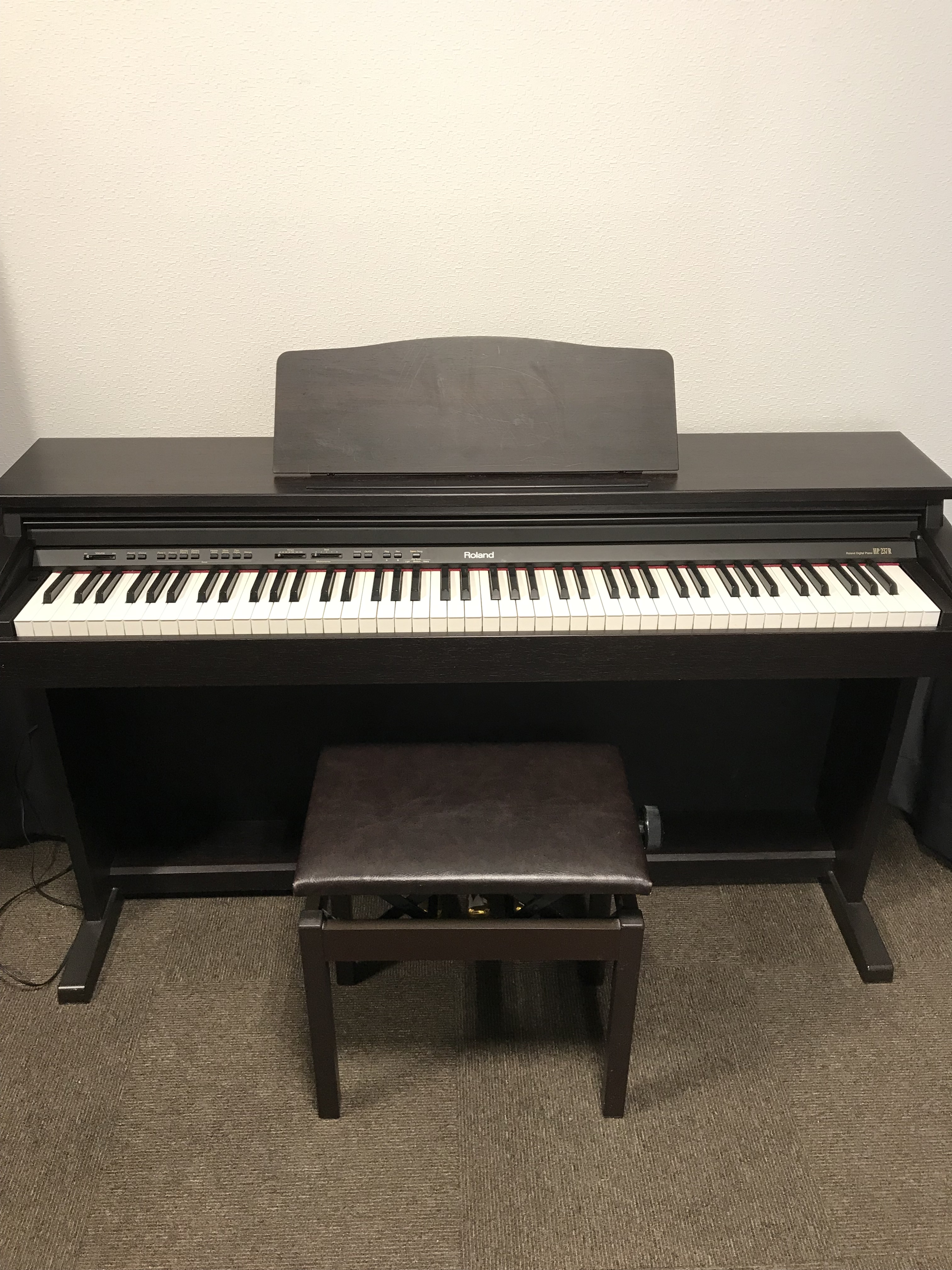ローランドデジタルピアノ HP-237R
